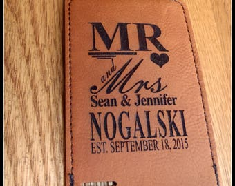 Luggage Tag Mr and Mrs Leather Vegan Personalized Bride & Groom Wedding Groomsmen Gift Monogram Travel Tag With Or With out Message Card