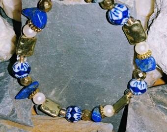 Boho Chic Dainty Blue Clasp Bracelet