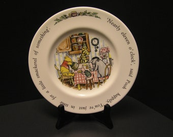 Winnie the Pooh Royal Doulton Child's Plate - 8 Inches Diameter