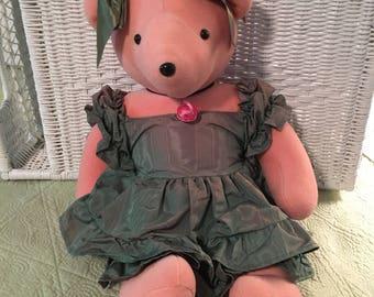 Scarlett O'Beara by the North American Bear Company, 1979