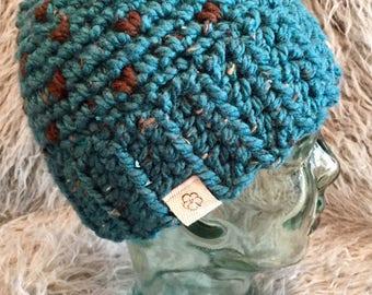 Messy bun beanie - chunky beanie - fair isle beanie - ponytail beanie - ponytail hat - messy bun hat - crochet hat-chunky hat-chunky beanie