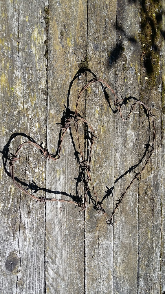 Stacheldraht Herz verrosteten Draht Dekor Satz rostige