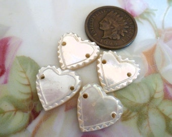 Vintage Scalloped Mother of Pearl, MOP, Heart Connectors, 1940s, Jewelry Findings, 13x13mm, 5 pcs (C38)