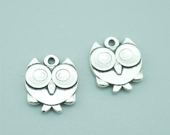20pcs 17x14mm Antique Silver Owl Charm Pendants ZY10157