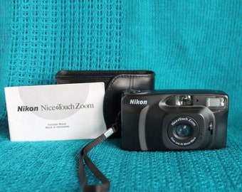 Nikon Nice Touch zoom camera working