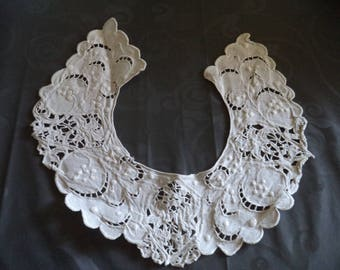 old lace collar hand made in white cotton of superb quality