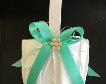 Flower Girl Basket, Off white and Aqua