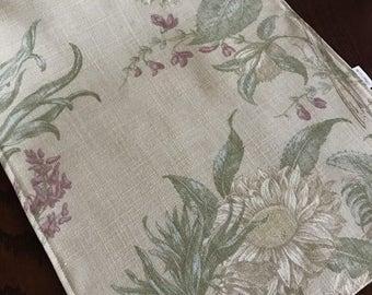 Sunflower Table Runner, Farmhouse Decor, Floral Table Runner, Yellow Sunflower  Table Linens,