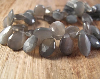 "Gray Moonstone Briolette Pears 4"" Half Strand, Gray Moonstone Briolettes, 20+ Gemstones, 4 Inch Strand of 12mm Heart Beads (B-MO1a)"
