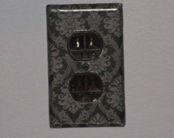 Wall Plate - Dark Floral Outlet Cover