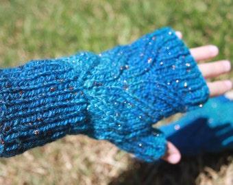 Copper and blue fingerless gloves