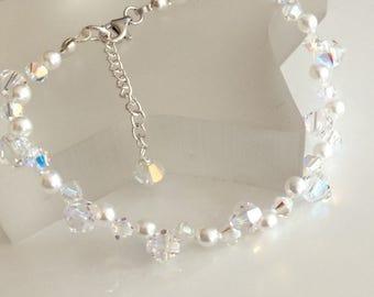 Swarovski wedding bracelet Sterling Silver Crystal and pearl bracelet, dainty bridal bracelet, Swarovski bridal jewelry, wedding jewellery