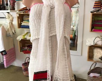 Handwoven cotton scarf with red  tilet