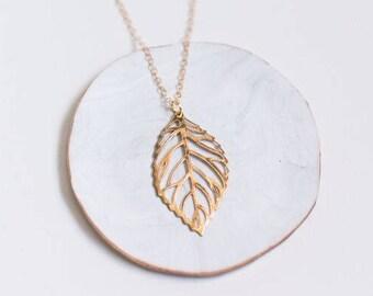 Gold Leaf Necklace, Gold Layering Necklace, Botanical Jewelry, Botanical Necklace, Gold Leaf Jewelry, 14K gold filled chain, Leaf Pendant