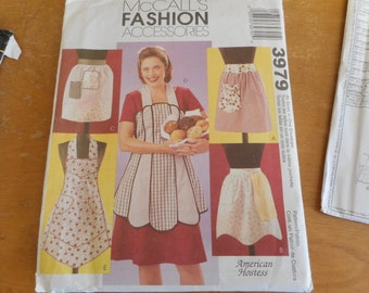 McCall's 3979 1950s Retro Aprons Sewing Pattern One Size