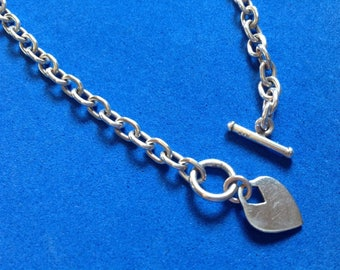 Vintage! Sterling silver bold chain toggle close with dangling heart necklace, 27.5g