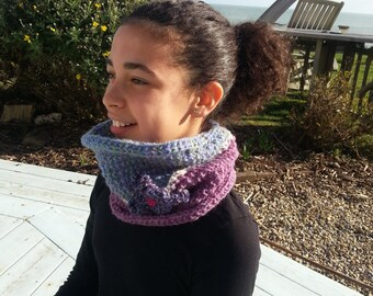 cozy hand knitted snood
