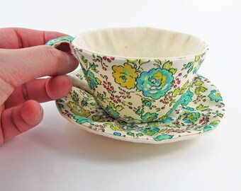 MADE-TO-ORDER ( 1 - 2 Weeks)- Liberty Textile Teacup Tidy- Apple green Floral on Light Cream
