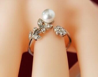 BRIDESMAIDS Ring