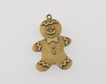 "Charm ""P"" Gingy ""bronze color"