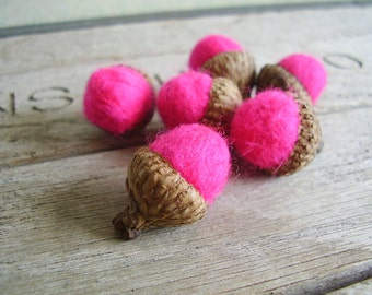 Felted wool acorns, set of 6, Hot Pink, bright pink felt acorns for woodland birthday, gifts under 20 for teachers, quirky woodland decor