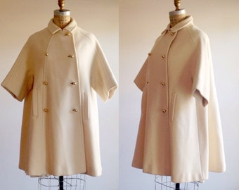Ivory coat- Ivory outerwear- Ivory jacket- Winter white coat-Swing coat-Cropped coat- Short sleeve coat- 1960s coat-Designer coat