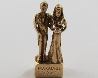 Bride & Groom Marriage Vows Stanhope 9K Gold Vintage Charm For Bracelet