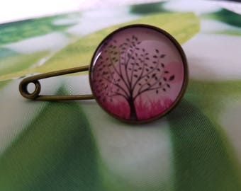 Pink tree brooch