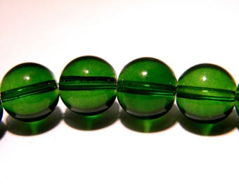 30 beads 10 mm translucent glass - round glass bead - green-K08