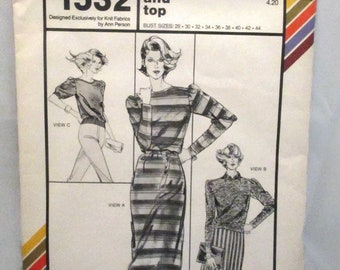 Stretch and Sew 1532 Boatneck Dress and Top with French Trim Finish Bust Size 28-44 UNCUT