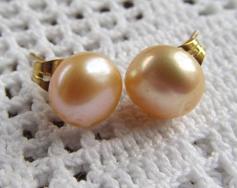 Pearl Earrings 8mm Dyed Peach Freshwater, Gold-plated Posts