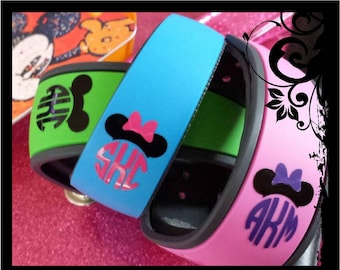 DIY Personalized Monograms for Your Magic Bands