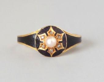 Antique Enamel Mourning Ring. Diamond Snowflake. 18k English Gold.