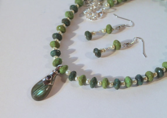Shades of Green Sterling Silver Pendant Beaded Necklace and Earring Set, Gift For Her, Gift For Mom, Valentine Day Gift, Mothers Day Gift