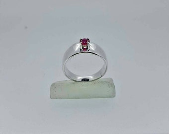 Sterling , Red Curundum Solitaire Ring