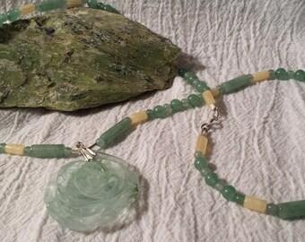 Aragonite/Green Aventurine Flower Necklace