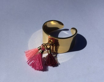 Wide, Adjustable ring, gold with fine gold, pink PomPoms