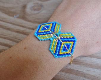 Miyuki Aqua - Aztec pattern beaded bracelet