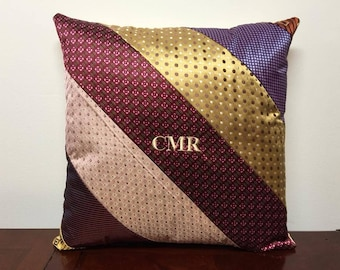 Add on initials to tie pillow order