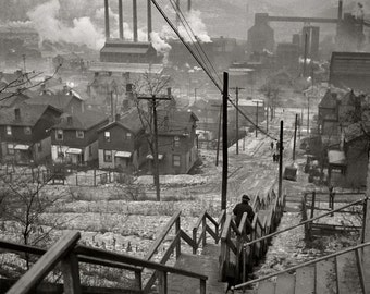 Mill District Pittsburgh 1940  Arthur Rothstein photograph for FSA