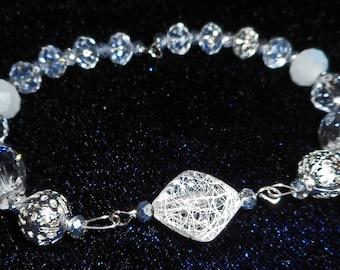 Crystal Glass Bracelet (I 522)