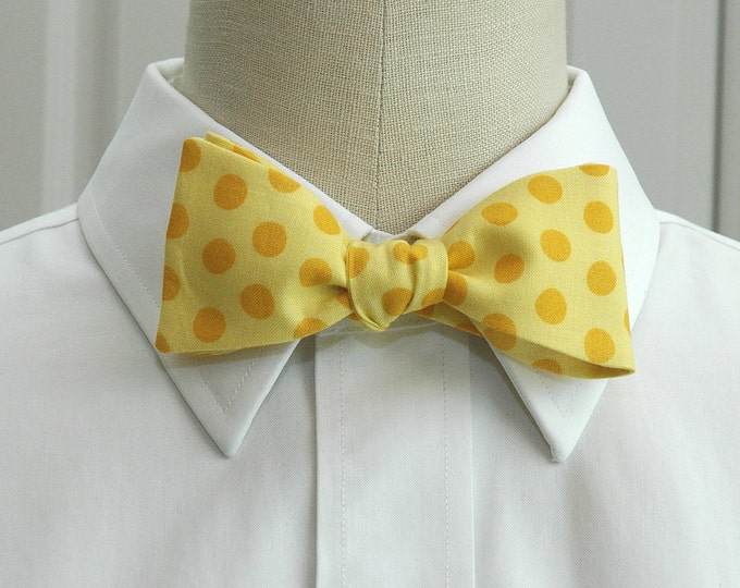 Men's Bow Tie, yellow with gold polka dots, sunshine bright yellow bow tie, wedding bow tie, groom bow tie, groomsmen gift, prom bow tie
