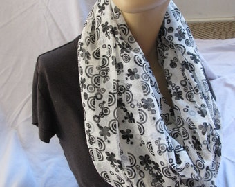 Sale - Black and White Floral Print Infinity Scarf, Circle Scarf, Loop Scarf, Cowl, Summer Scarf, Summer Cowl, Fabric Scarf