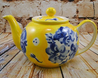 Blue n Yellow Fresh Bloom / 4 cup Teapot / Herman Dodge & Son / Hand Painted Ceramic / Tea Party / Afternoon Tea / Mother's Day Gift