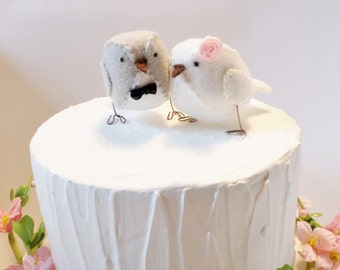 Mini Birds - Light grey and white love birds - Wedding cake topper