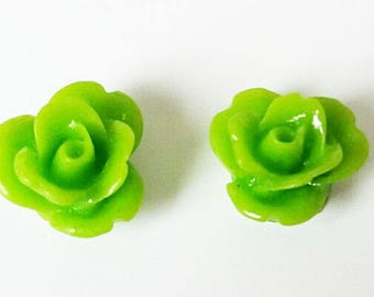 2 small flower - lime green resin cabochons