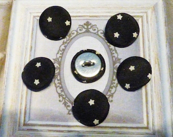 6 BUTTONS IN BLACK WITH WHITE STARS PVC CANVAS
