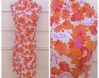 CLEARANCE - Retro hippie orange floral 1960s high neck sleeveless dress / size XL