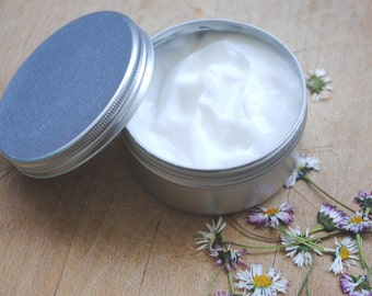 100% All natural exclusive Moisturiser Cream – Shea Butter, Almond Oil, Jojoba oil – organic