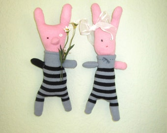 Stuffed Animal, couple, doll, pig, bunny, rabbit, wall sculpture, pink, grey, black